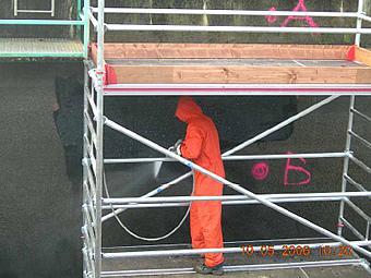 BB I: Reinigen der Wandflächen