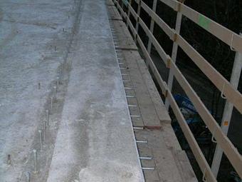 Neue versetzte Kalottenlager für das Brückenobjekt D04