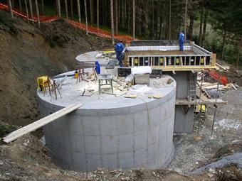 Bau der Hochbehälter in Unterhaus - Gemeinde Baldramsdorf