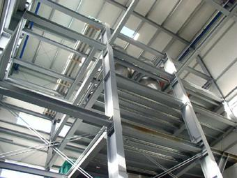 Stahlkonstruktion im Gebäudeinneren