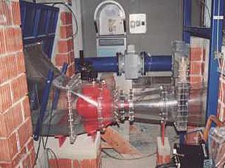 Untersuchung im H. Grengg Laboratorium am Modell des Kraftwerks Paknoon